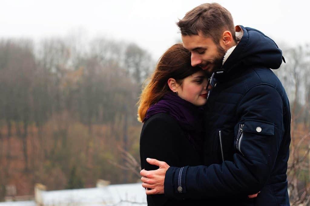 Welchen Stellenwert hat die emotionale Öffnung für eine Partnerschaft?